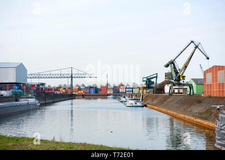 Deutschland, Köln, Niehl, Hafen Niehl I betrieben von HGK - Stock Photo