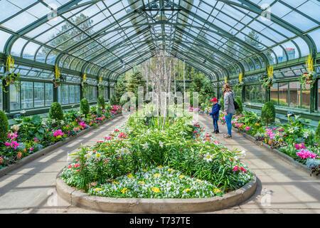 Floral Showhouse in Niagara Falls  Ontario Canada