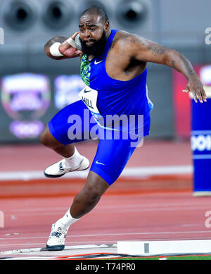 Doha, Qatar. 3rd May, 2019. Darrell Hill of the United States competes during the men's shot put final at 2019 IAAF Diamond League at Khalifa International Stadium in Doha, Qatar, May 3, 2019. Credit: Nikku/Xinhua/Alamy Live News - Stock Photo