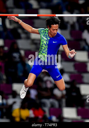 Doha, Qatar. 3rd May, 2019. Seito Yamamoto of Japan competes during the men's pole vault final at 2019 IAAF Diamond League at Khalifa International Stadium in Doha, Qatar, May 3, 2019. Seito Yamamoto won the third place. Credit: Nikku/Xinhua/Alamy Live News - Stock Photo