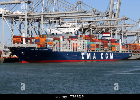 The container ship CMA CGM Jean Gabriel will be loaded and unloaded in the port of Rotterdam on April 10, 2019.