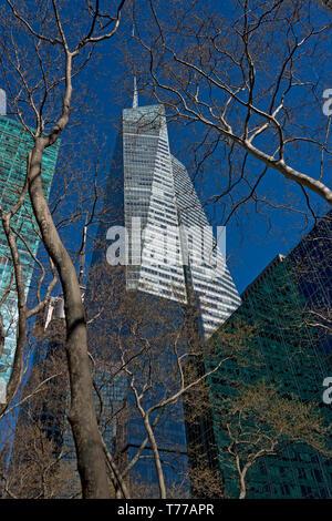 Bank of America Tower (aka One Bryant Park). Midtown Manhattan, New York City, USA. - Stock Photo