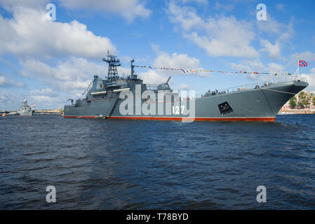 SAINT-PETERSBURG, RUSSIA - JULY 25, 2015: The big landing ship 'Minsk' in the Neva water area on the eve of the Navy Day celebration - Stock Photo