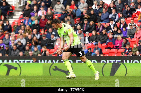 Sheffield United's Enda Stevens celebrates scoring his side's second goal of the game during the Sky Bet Championship match at the bet365 Stadium, Stoke. - Stock Photo