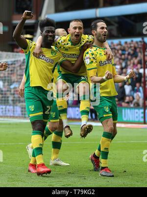 Norwich City's Mario Vrancic celebrates scoring his side's second goal during the Sky Bet Championship match at Villa Park, Birmingham. - Stock Photo