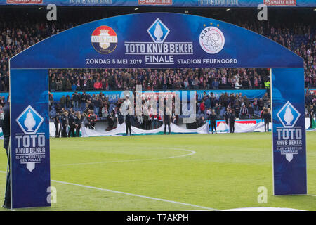 5 may 2019 Rotterdam, The Netherlands Soccer Dutch Cupfinal Willem II v Ajax  KNVB Bekerfinale 2019  Bekerfinale boog - Stock Photo