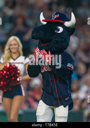 May 04, 2019 Houston Texans mascot Toro during the JJ Watt Charity Classic, a softball game that provides funding for after-school athletic programs enhancing opportunities for middle-school aged children in the community to become involved in athletics, so that they may learn the character traits of accountability, teamwork, leadership, work ethic and perseverance, while in a safe and supervised environment with their peers Maria Lysaker / CSM - Stock Photo