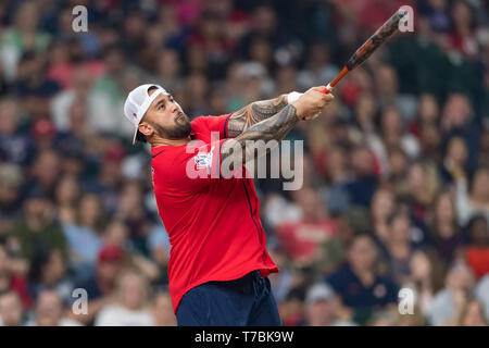 May 04, 2019 Houston Texans offensive guard Senio Kelemete (64) during the JJ Watt Charity Classic, a softball game that provides funding for after-school athletic programs enhancing opportunities for middle-school aged children in the community to become involved in athletics, so that they may learn the character traits of accountability, teamwork, leadership, work ethic and perseverance, while in a safe and supervised environment with their peers Maria Lysaker/CSM - Stock Photo
