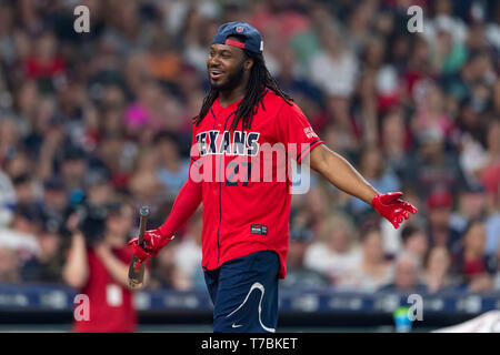 May 04, 2019 Houston Texans running back D'Onta Foreman (27) during the JJ Watt Charity Classic, a softball game that provides funding for after-school athletic programs enhancing opportunities for middle-school aged children in the community to become involved in athletics, so that they may learn the character traits of accountability, teamwork, leadership, work ethic and perseverance, while in a safe and supervised environment with their peers Maria Lysaker/CSM - Stock Photo