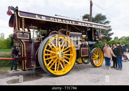 Steam traction engine at a Hampshire event, UK, a new build replica of Fowler 10 NHP Super Lion Showmans road locomotive no. 19989 'Onward' XG 2010 - Stock Photo