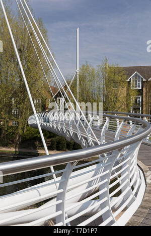 Footbridge over Grand Union Canal, Apsley,Hertfordshire - Stock Photo