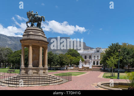 The Company's Garden with Delville Wood Memorial in foreground and Table Mountain and Iziiko South African Museum behind, Cape Town, South Africa - Stock Photo
