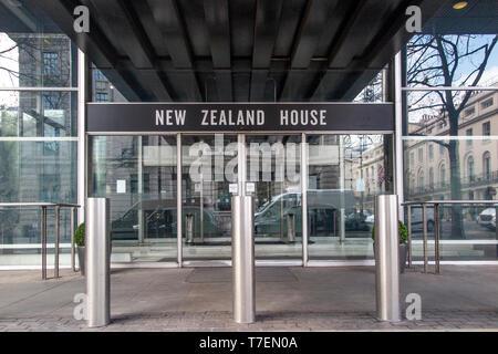 New Zealand House entrance on Haymarket, London - Stock Photo