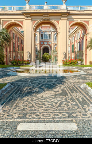 Garden of Palazzo Reale in Genua, Liguria, North West Italy | Garten des Palazzo Reale in Genua, Ligurien, Italien. Der prachtvolle Königliche Palast  - Stock Photo