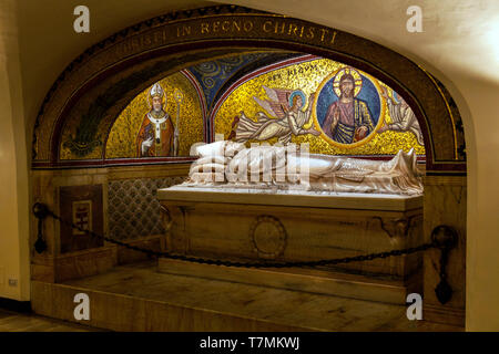The sarcophagus of Pope Pius XI in the Sacre Grotte Vaticane at The Papal Basilica of St. Peter in the Vatican, or simply St. Peter's Basilica, Rome,  - Stock Photo