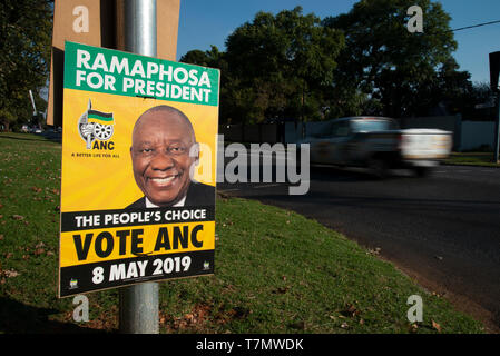 Johannesburg, South Africa, 7th May, 2019. An ANC election poster featuring President Cyril Ramaposhosa is seen in Emmarentia on the eve of national elections, May 8. Credit: Eva-Lotta Jansson/Alamy - Stock Photo