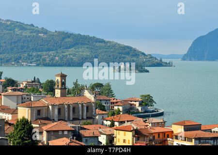Italy, Lombardy, Iseo lake (Il Lago d'Iseo), Marone village and Loreto Island - Stock Photo