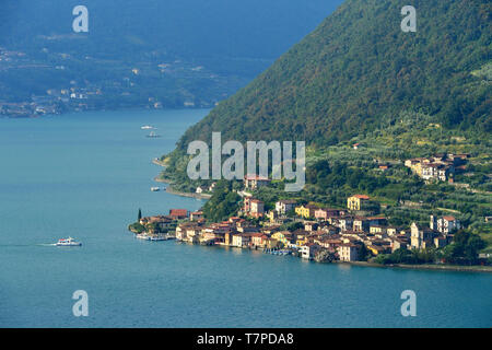 Italy, Lombardy, Iseo lake (Il Lago d'Iseo), Monte Isola island, Carzano village - Stock Photo
