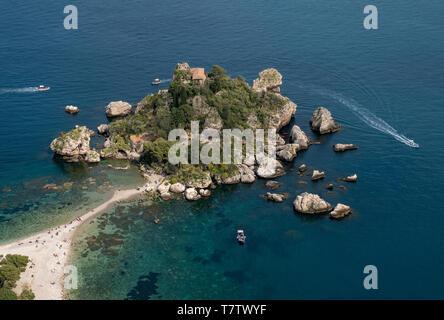 The small island of Isola Bella in the Ionian sea of the coast of Taormina, Sicily. - Stock Photo