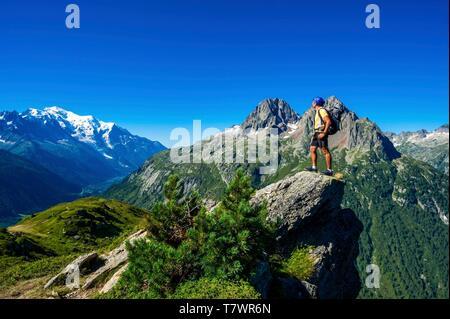 France, Haute-Savoie, Le Tour, Tour du Mt Blanc, col and Aiguille des Posettes, with Mont Blanc and Aiguilles Rouges in the back - Stock Photo