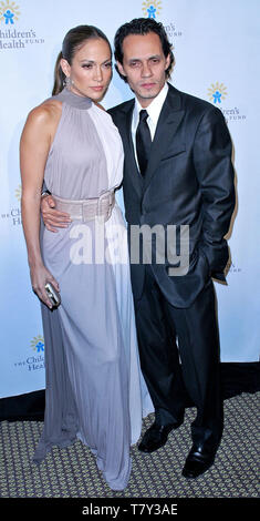 New York, USA. 30 May, 2007. Jennifer Lopez, Marc Anthony at the 20th Anniversary Children's Health Fund Gala Dinner at the New York Hilton. Credit: Steve Mack/Alamy - Stock Photo