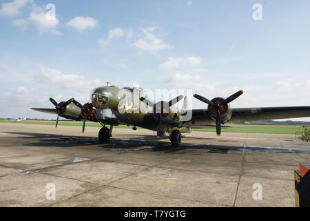 Boeing B-17 Flying Fortress sally B - Stock Photo