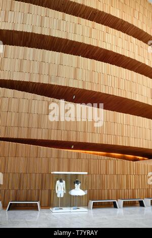 Norway, Oslo, dock area of Bjorvika, the Opera designed by the architecture firm Snohetta including Tarald Lundevall - Stock Photo
