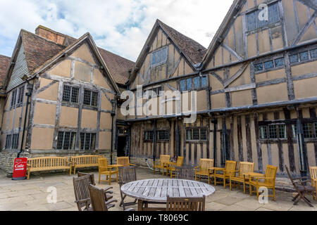 Hall's Croft, Stratford-upon-Avon, was owned by William Shakespeare's daughter, Susanna Hall, and her husband John Hall - Stock Photo
