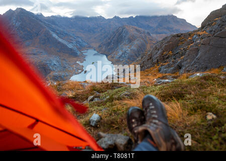 Wild camping on the top of Sgurr Na Stri looking towards Loch Coruisk and the main Cuillin ridge, Isle of Skye, Inner Hebrides, Scotland, UK - Stock Photo