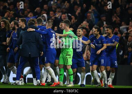 London, UK. 09th May, 2019. Chelsea players celebrate winning the Europa League semi final leg two match between Chelsea and Eintracht Frankfurt at Stamford Bridge Stadiumin London, United Kingdom. Credit: csm/Alamy Live News - Stock Photo
