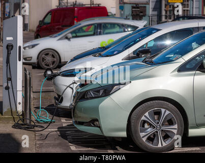 Cork City, Cork, Ireland. 10th May, 2019. Two new ecar charging points have been installed in Copley Street in Cork, Ireland. Thers are now over 1,100 public charge points available across the island of Ireland and a Government incentive which offers up to €5,000 grant per vehicle and up to €5,000 Vehicle Registration Tax relief to encourage drivers to swap to a environmental cleaner  type of transport. Credit: David Creedon/Alamy Live News - Stock Photo