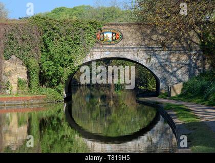 Bridge over Grand Union Canal Berkhamsted Hertfordshire England - Stock Photo
