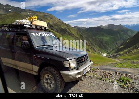 Georgia, Kakheti, Tusheti National Park, the spectacular track connecting Telavi to Omalo at the Abano Pass (2826 metres) - Stock Photo