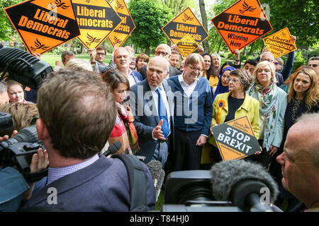 London, UK, UK. 10th May, 2019. Guy Verhofstadt, the EU Parliament's representative on Brexit and the Leader of the Alliance of Liberals and Democrats for Europe is seen with the leader of Liberal Democrats Vince Cable, Liberal Democrats MEP candidates and party activists during the forthcoming European Union election campaign.Britain must hold European Parliament elections on 23rd May 2019 or leave the European Union with no deal on 1st June after Brexit was delayed until 31st October 2019, as Prime Minister, Theresa May failed to get her Brexit deal approved by Parliament. ( - Stock Photo