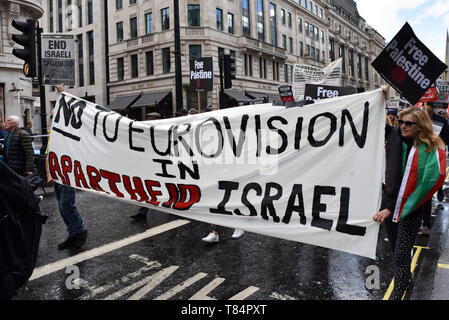Regent Street, London, UK. 11th May 2019. National Demonstration for Palestine, protest march through London. Credit: Matthew Chattle/Alamy Live News - Stock Photo