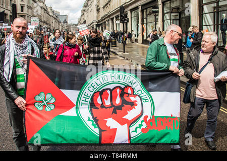 11 May, 2019. London,UK.  Celtic supporters join thousands marching for Palestine in a central London demonstration organised by the Palestinian Solidarity Campaign. David Rowe/ Alamy Live News - Stock Photo