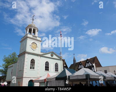 Faversham, Kent, UK. 11th May, 2019. UK Weather: a sunny afternoon in Faversham, Kent with blue skies. Credit: James Bell/Alamy Live News - Stock Photo