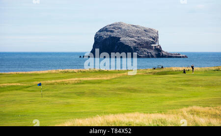 North Berwick, East Lothian, Scotland. Links golf course beside the Firth of Forth, the Bass Rock prominent in background. - Stock Photo