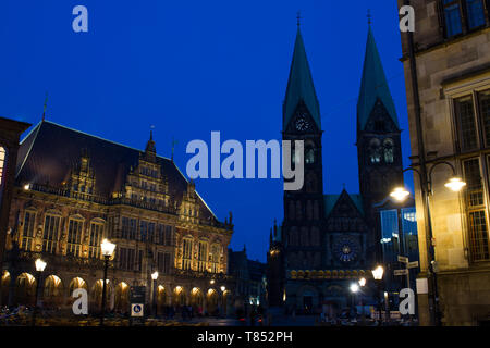 UNESCO cultural heritage town hall and St. Petri Dom in Bremen during blue hour - Stock Photo