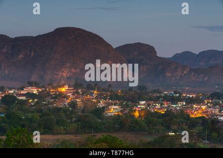 Cuba, Province of Pinar del Rio, Vinales, Vinales Valley, Vinales National Park classified UNESCO World Heritage, the mogotes and the village of Vinales - Stock Photo
