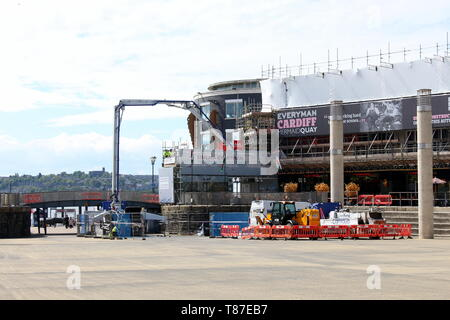 10 May 2019: Cardiff Bay, Cardiff UK:  Construction work in Mermaid Quay's Roald Dahl Plass, to construct Everyman Cinema and eateries. - Stock Photo