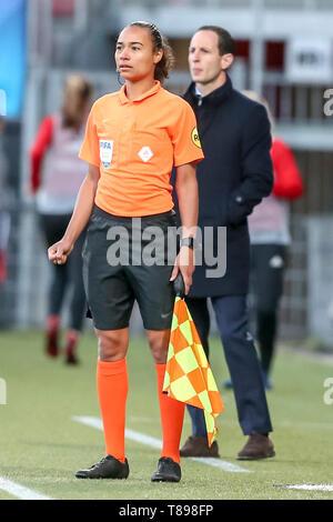 ROTTERDAM, 11-05-2019 ,Woudestein, Eredivisie Women, Ajax - PEC Zwolle (women KNVB cupfinal) , season 2018 / 2019, Assistent referee Franca Overtoom   during the match Ajax - PEC Zwolle (women KNVB cupfinal) - Stock Photo