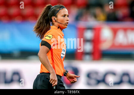 ROTTERDAM, 11-05-2019 ,Woudestein, Eredivisie Women, Ajax - PEC Zwolle (women KNVB cupfinal) , season 2018 / 2019,  Referee Shona Shukrula during the match Ajax - PEC Zwolle (women KNVB cupfinal) - Stock Photo