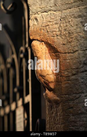 France, Cote d'Or, cultural landscape of climates of Burgundy listed as World Heritage by UNESCO, Dijon, carved lucky good luck lying on the northern buttress of the church Notre Dame - Stock Photo