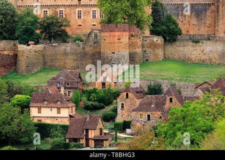 France, Lot, Prudhomat, Castle of Castelnau Bretenoux (XI-XVIIe), listed Historic Monument - Stock Photo