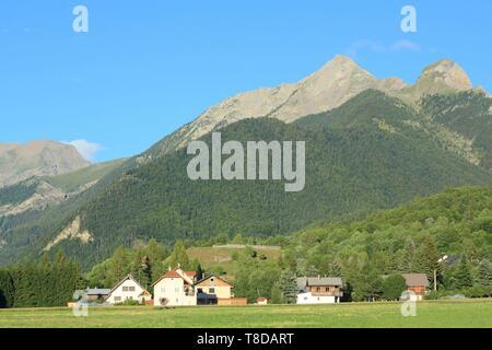 France, Hautes Alpes, Haut Champsaur, Ancelle - Stock Photo