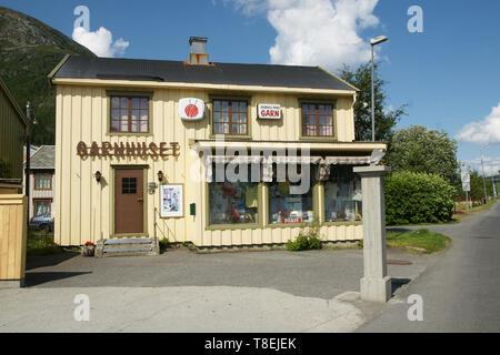 Garnhaus  - Kurzwrenladen in Mosjøen / Norway - Stock Photo