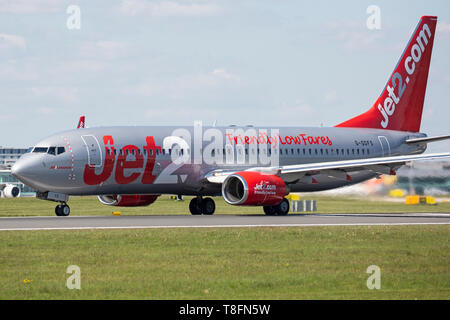 Jet2 Boeing 737-800, registration G-GDFS, taking off from Manchester Airport, England. - Stock Photo