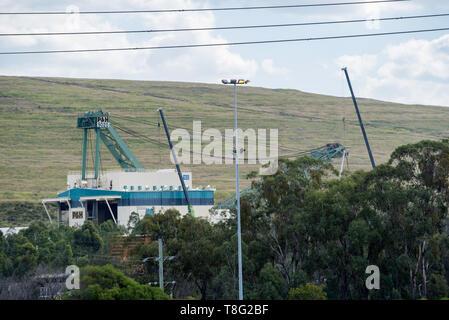 A P&H 9020 walking dragline excavator at the Mount Thorley Warkworth coal mine near Singleton in the upper Hunter Valley, NSW, Australia - Stock Photo