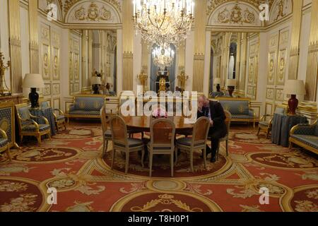 France, Paris, First empire style living room - Stock Photo